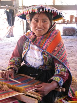 Sacred_Valley_Young_Lady.jpg